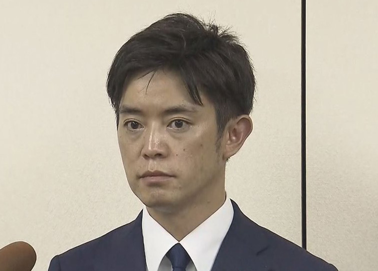 橋本健が議員辞職